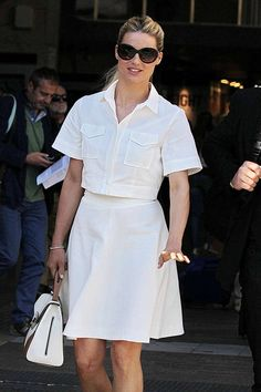 The model Michelle Hunziker in total white look #tara_jarmon.