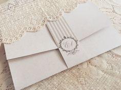Convite de Casamento Clean com Brasão