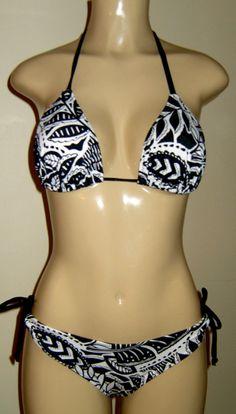 95d8f42b294df Triangle Top Bikini and Keyhole Scrunched Butt Ddd Swimwear
