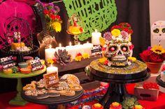 Mesa de dulces día de Muertos