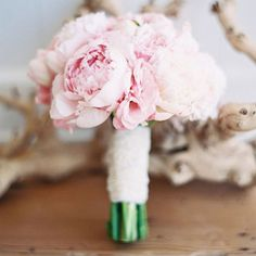 Ideas Vintage Wedding Bouquet Pink Peonies For 2019 Peony Bouquet Wedding, Spring Wedding Flowers, Peonies Bouquet, Pink Peonies, Fall Wedding, Dream Wedding, Spring Weddings, Wedding Beach, Pink Flowers