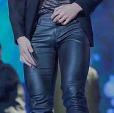 still don't know how those leather pants never ripped off? I mean look at his THIGH muscles Foto Bts, K Pop, Jungkook Thighs, Bts Header, Bts Maknae Line, Thigh Muscles, Character Outfits, Bts Jungkook, Taehyung