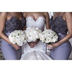 Lindos detalhes! ❤💙❤💙 . . . . . . . . . #detalhes #followforfollow #desses #dreams #dress #casamento #casamentoblindado #casamento2016 #beautiful #vestidodenoiva #noiva #noivas #bride #bridal #brides #bridesmaid #bridesmaids #madrinha #madrinhas #details #goodnight #boanoite #buenasnoches #l4l #sonhocasamenti
