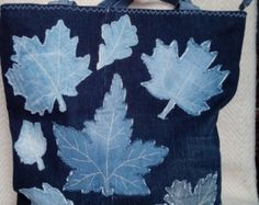 Recycled denim bag with oak leaf applique Jean Purses, Purses And Bags, Denim Handbags, Denim Purse, Denim Crafts, Recycled Denim, Patchwork Bags, Fabric Bags, Handmade Bags