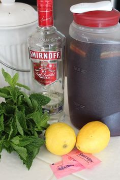 Low calorie sweet tea vodka drink