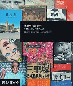 The Photobook Vol. III // ✸✸✸✸ | fotomagazin.de // M. Parr und G. Badger // Handverlesene Buchtipps aus der fotoMAGAZIN-Redaktion. Von unserem Experten Manfred Zollner.