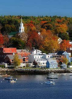 Bucksport, Maine, New England, United States. Maine just looks so charming Oh The Places You'll Go, Places To Travel, Places To Visit, Travel Destinations, Beautiful World, Beautiful Places, Ville New York, New England States, Maine New England
