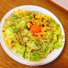 ガーリックライスの素で作るペペロンチーノに溶き卵を使ってカルボナーラ風に☆ 減塩、健康志向の野菜たっぷりパスタに仕上げました(*^^*) - 9件のもぐもぐ - 卵と野菜たっぷりのカルペチーノ by naotin2
