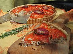 Bake this delicious tomato tarte with fresh organic tomatoes from your local farmer's market.