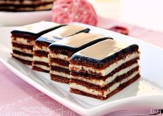 Everything You Need To Know About Cacao - Healthy Food Raw Diets Sweets Recipes, No Bake Desserts, Cookie Recipes, Raw Chocolate, Chocolate Recipes, Romanian Desserts, Romanian Food, Kolaci I Torte, Cake
