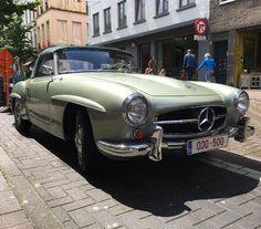 Mercedes Benz #190SL at the Kloosterstraat in #Antwerp. Pic credit: hubertroth (instagram) / #BruceAdams190SL #190SLRestorations