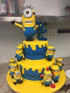 Here is the one day notice minion cake.