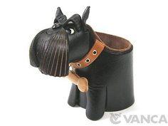 Genuine Leather Schnauzer Handmade Leather Eyeglasses Holder/Stand is made by skillful craftsmen of VANCA CRAFT in Japan. Eyeglass Holder Stand, Leather Craft, Handmade Leather, Craft Desk, Pet Dogs, Craftsman, Eyeglasses, Japan, Animals