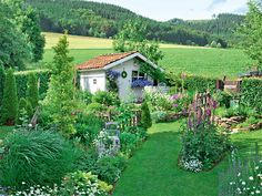 The garden Fiebig - All For Garden Outdoor, Nature, Outdoor Garden, She Sheds, Flower Gardening Diy, Garten, Diy Garden, Garden, Cottage