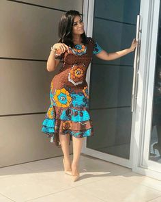 We have Ghanaian TV personality, Serwaa Amihere as she shows us how to look stylish in corporate dresses in gowns, skirt styles in English and African pr. African Print Dresses, African Print Fashion, African Wear, African Fashion Dresses, African Women, African Dress, African Prints, Ankara Fashion, African Lace
