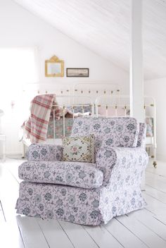 Barkaby Armchair in Gustavian Flowers Dusty Rose Would love this chair in a baby nursery! Big Comfy Chair, Comfy Armchair, Cozy Chair, Armchair Covers, Vintage Home Decor, Vintage Furniture, Floral Chair, Accent Chairs Under 100, Shabby Chic Living Room