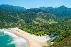Praia do Bonete, em Ilha Bela, litoral norte de São Paulo