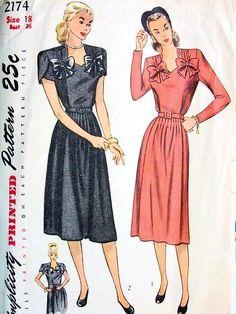 e8b72c498c9 1940s SWEETHEART NECKLINE MATERNITY DRESS PATTERN VERY PRETTY DESIGN  SIMPLICITY 2174