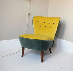 1940s Button Back Frances Chair - furniture