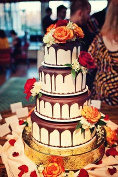 Looks delicious! Photo by Kim. #WeddingCakesMinneapolis #WeddingCakes