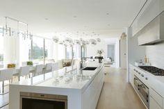 212 Dune Road, Hamptons Oceanfront Estate - 212 Dune Rd Westhampton Beach, NY 11978 #mansion #dreamhome #dream #luxury http://mansionhomes.co/dream/212-dune-road-hamptons-oceanfront-estate/