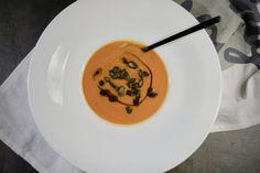 Polévka z pečené dýně Hokaidó – Snědeno.cz Chipotle, Thai Red Curry, Ethnic Recipes