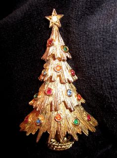 Vintage Signed Monet Christmas Tree Pin w Rhinestones Brooch Xmas Jewelry | eBay