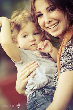 نانسي و ابنتها