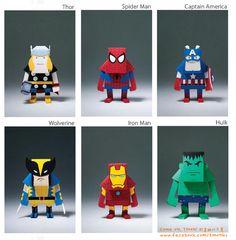 Superhéroes de papel / Paper superheroes