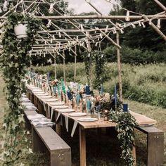 Porcelain turquoise dinner plates in action.  @photolienepetersone #kāzas #cake #weddingcake #turquoise #pastel #blue #crystalline #bowl #plate #tableware #porcelain #handmade #minimalist #thegoodlife #makersgonamake #craft#craftsmanship #pottery #ceramics  #minimal #pure #seekthesimplicity #lifefolk #kinfolk #weddingidea #weddinggift #wedding http://gelinshop.com/ipost/1517934527443341731/?code=BUQyWkMj5Gj