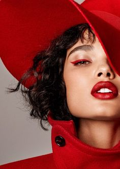 Daniela Braga Poses in Red-Hot Fashions for Harper's Bazaar – ninaonecstasy Daniela Braga Poses in Red-Hot Fashions for Harper's Bazaar Red makeup edito Beauty Photography, Editorial Photography, Photography Poses, Fashion Photography, Photography Magazine, Foto Fashion, Red Fashion, Fashion Art, Couture Fashion