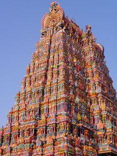Meenakshi Amman Temple (Madurai/ India): http://curious-places.blogspot.com/2014/10/meenakshi-amman-temple-madurai-india.html