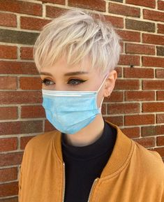 Pixie Cut With Bangs, Pixie Haircut For Thick Hair, Blonde Pixie Cuts, Short Pixie Haircuts, Fine Hair Pixie Cut, Blonde Pixie Haircut, Cute Pixie Cuts, Pixie Cut Styles, Short Hair Cuts For Women Pixie