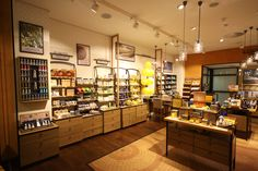 L'Occitane was particularly challenging, as we had to merge French design and materials with local suppliers in less than 4 weeks. Client was fantastic to work with and its always special to build a store in Sandton City.