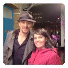 "so_sassie: ""We meet again, Mr. Hiddleston. It's been far too long. So excited about this one tonight ... RADA, I'm back. @twhiddleston, break a leg!"" (https://www.instagram.com/p/BZDMdIDl6vw/ )"