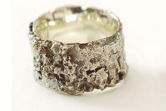 bark and lychin ring by Lucy Sylvester http://www.lucysylvester.co.uk/catalog/product.php?CI_ID=107