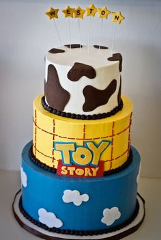 toy story cake - this is amazing. Will Toy Story still be popular when I have kids? Fête Toy Story, Bolo Toy Story, Toy Story Cakes, Toy Story Party, Fancy Cakes, Cute Cakes, Bolo Minion, Disney Cakes, Specialty Cakes