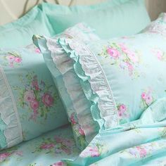 Shabby Chic Beauty ^