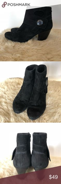 Vaneli Black Suede Button Booties Size 10 Adorable Vaneli Black Suede Booties in size 10. Button detail on the side. Great for winter with tights or leggings.  Button on right shoe has been reglued. Some scratch marks on buttons. Suede is in good used condition and there is little wear on the sole. See pictures for condition. Vaneli Shoes Ankle Boots & Booties