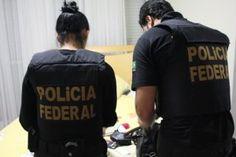 Agentes da Polícia Federal cumpriram ontem, (29), 15 mandados de prisão, 14 de busca e apreensão e dois de apreensão de menores em Ubiratã, no oeste, e Quarto Centenário, no noroeste do Paraná. A aç ...