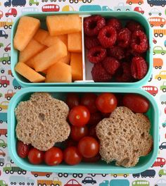 Preschooler flower sandwich lunch