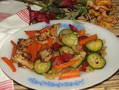 Katalin konyhája: 09. Főzelékek / szószok / mártások / köretek Kung Pao Chicken, Zucchini, Vegetables, Ethnic Recipes, Food, Essen, Vegetable Recipes, Meals, Yemek