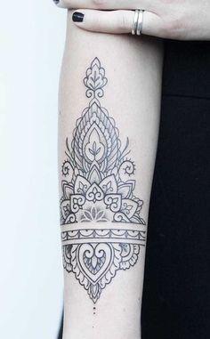 Detailliertes Tattoo, Cuff Tattoo, Shin Tattoo, Anklet Tattoos, Mehndi Tattoo, Mini Tattoos, Forearm Tattoos, Sleeve Tattoos, Tatoos