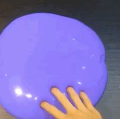This is borderline erotic. | 22 Seriously Satisfying Slime Gifs