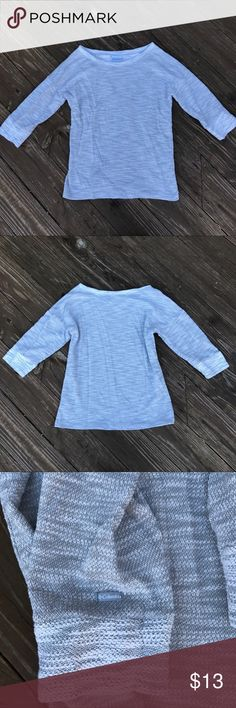 Columbia Sportswear Pullover Top This is a super comfy pullover-style shirt from Columbia Sportswear Company. It is very soft & perfect for outdoor activities where you need to stay a little warm! In wonderful used condition EUC. No stains or imperfections! Feel free to ask any questions or make an offer. Notice: I reuse packaging to reduce waste💖🌷🌎! Columbia Tops