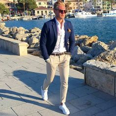 Wedding Suits Stylish 30 Stylish Business Outfit Ideas For Men - The first step to addressing business casual for men is to get an idea as to what it means to […] Wedding Guest Men, Wedding Suits, Wedding Beach, Trendy Wedding, Man Wedding Guest Outfit, Mens Summer Wedding Fashion, Beach Wedding Outfit Guest, Wedding Ceremony, Outfit Strand