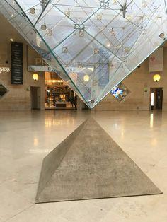 Pretty Cool, Louvre, Aesthetics, Paris, Random, Building, Travel, Montmartre Paris, Buildings
