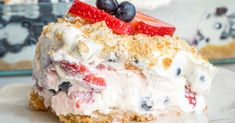 No-Bake Berry Lush – 12 Tomatoes Wafer Cookies, Vanilla Cookies, Just Desserts, Dessert Recipes, Cookie Crunch, 8 Oz Cream Cheese, Whipped Topping, Sweet Treats, Sweets