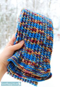 """Easy """"Doctor Who"""" Scarf.  Free knit pattern.  :)"""