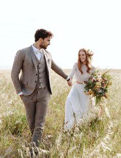 Modern Romance in Apulia // Italian summer elopement inspiration